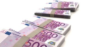 Dirigenti scolastici: aumento di 500 euro al mese da Gennaio
