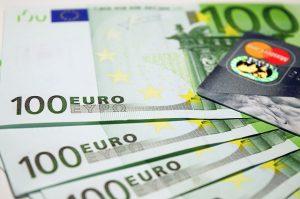 Aumento stipendi personale ATA e Docenti