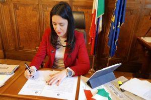 Azzolina: Comitato di esperti metterà a punto il Piano per la Scuola