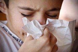 Si può andare a scuola con il raffreddore